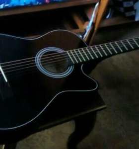 Гитара акустика новая