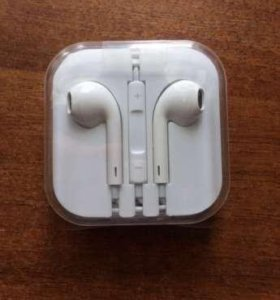 Наушники EarPods Apple