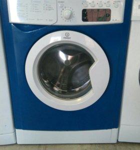 Супер узкая стиральная машина Indesit iwue4105