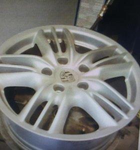 Диски литые б/у R18 5x130 Porsche Cayenne 4шт 2-1ш