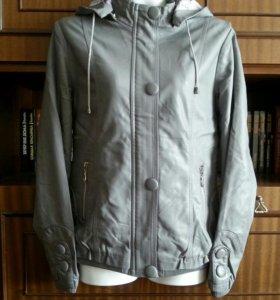 Куртка женская, раз. 44 - 46.