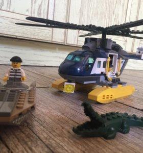Лего погоня на полицейском вертолёте