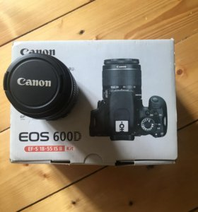 Canon EF-S 18-55mm MACRO 0.25m/0.8ft