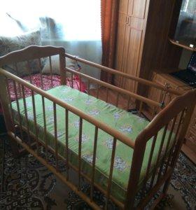 Детская кроватка+ матрац