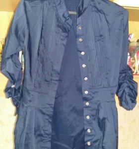 Продам блузку 42размер,одевалась 1 раз.