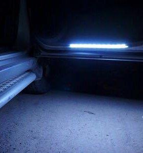 Подсветка ног/дверей авто