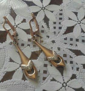 Серьги золотые весушый