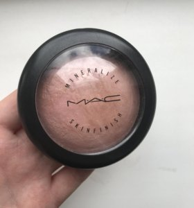 MAC Mineralize Skinfinish (Porcelain Pink)