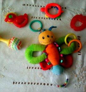 Игрушки погремушки прорезыватели