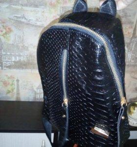 Продается новый замечательный рюкзачок из ЭКО кожи
