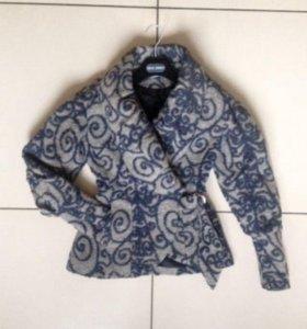 Пальто (куртка, жакет, пиджак)