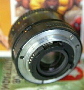 Nikon 50mm f/1.8 шикарный портретник