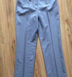 Лёгкие женские брюки р.46