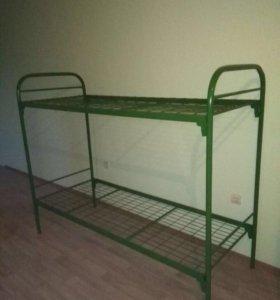 Металлическая двухъярусная кровать для рабочих