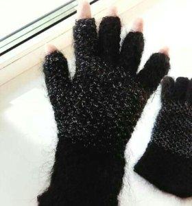 Перчатки для сенсорных телефонов.