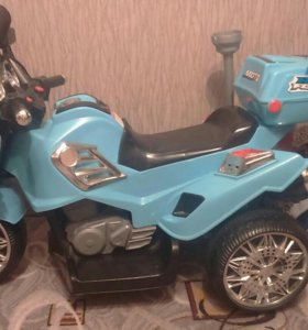 Продам детский мотоцикл 4000т.р возможен торг