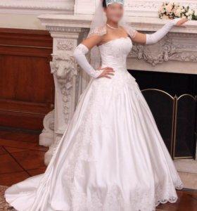 Свадебное платье со шлейфом / 40-42-44 / 160-170