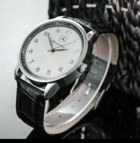 Часы, Mercedes Benz.