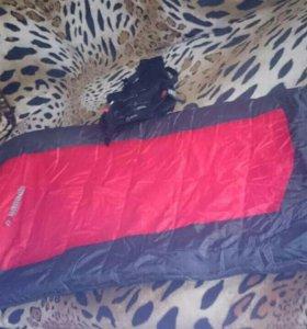 Трёхсезонный спальный мешок