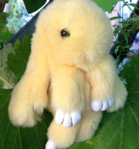 Желтый заяц брелок