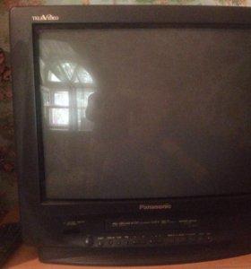 Телевизор Panasonic со встроенным видеоплеером!