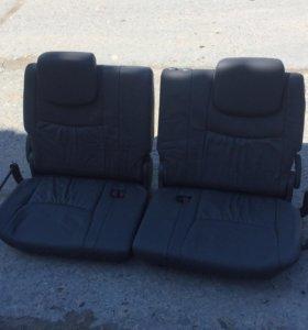 Третий ряд сидений на Land Cruiser Prado 120