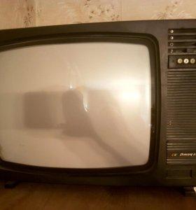 Старый телевизор Рекорд