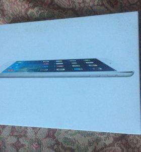 iPad mini 16гб wi-fi Silver