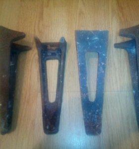 Ножки от советской чугунной ванны. Для ванны СССР