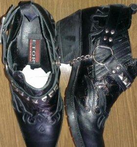 Ботинки мужские ETOR