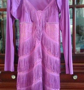 Коктельное платье с бахромой
