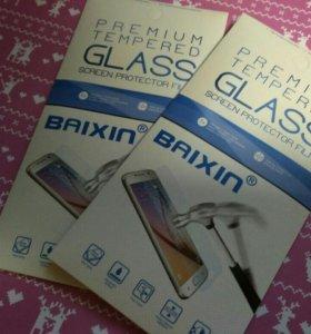Защитное стекло на iPhone 5,6,7,8,10