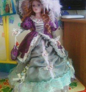 Кукла форфор