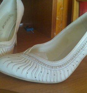 Свадебные туфли, 1 раз одеты