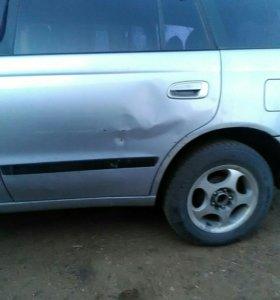 Тойота калдину 1997год