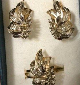 Бриллиантовый комплект.золото 585 пробы
