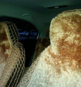 Чехлы на сидения авто