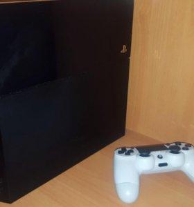 Sony PlayStation 4 + аккаунт PSN ( Fifa17, GTA 5..