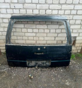 Крышка багажника Chevrolet lumina apv