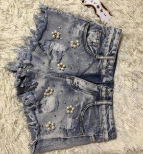 Джинсовые шорты( новые)