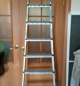 Металлическая семиступенчатая лестница