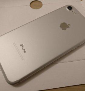 Apple iPhone 7 32Gb Silver оригинал