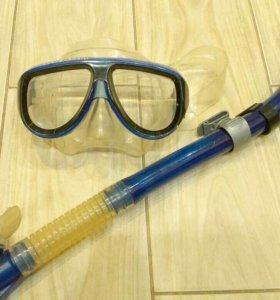 Маска с трубкой для подводного плавпния