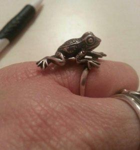 кольцо Лягушка