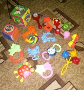 Игрушки для малышей!