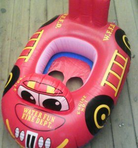 Детская надувная лодка