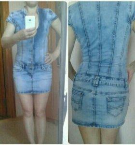 Джинсовое платье 42-44