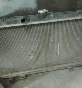 Радиатор Ниссан Примера Р12