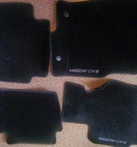 Комплект новых велюровых ковриков в салон Mazda cx