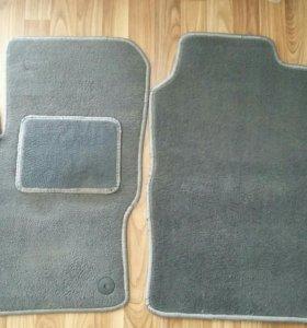 Комплект тканевых ковров для Ford Focus 3